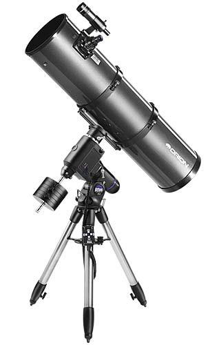 Aynalı (Newton) türünden bir teleskop. Bu teleskoplarda ayna teleskobun arkasındadır ve ışık öndeki ikincil bir aynaya oradan da teleskobun yanından dışarıya çıkar.
