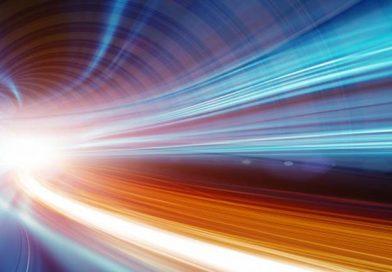 Işık Hızının Sınırlı Olması Bir Problem mi?