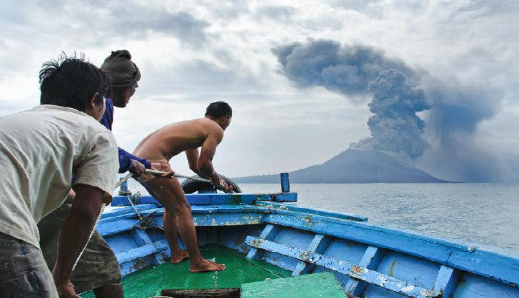 2011'de gerçekleşen Krakatau patlaması (Shutterstock)