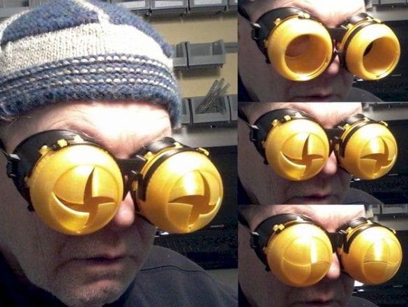 3D yazıcıyla yapılmış göz kırpan Iris gözlükleri. Referans: https://www.thingiverse.com/thing:1276837