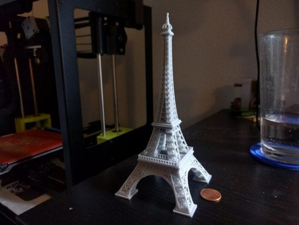 3D yazıcıyla yapılmış Eiffel kulesi. Referans: https://www.thingiverse.com/thing:1276837
