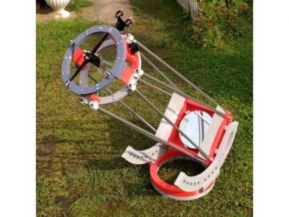 "3D yazıcıyla tasarlanmış 8"" Newton teleskop (dobson kundak). Referans: https://www.thingiverse.com/thing:2492121"