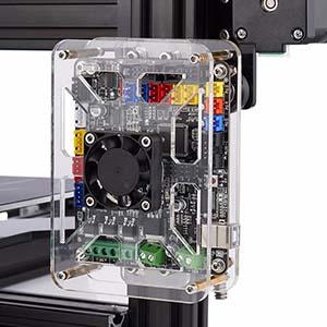 Tevo Tarantula'nın kullandığı anakart ve üzerinde yer alan 40mm fan.