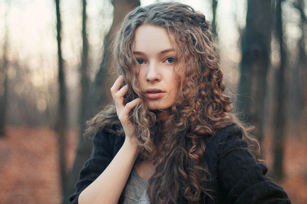 Photo of Kıvırcık Saç Nasıl Oluşur?