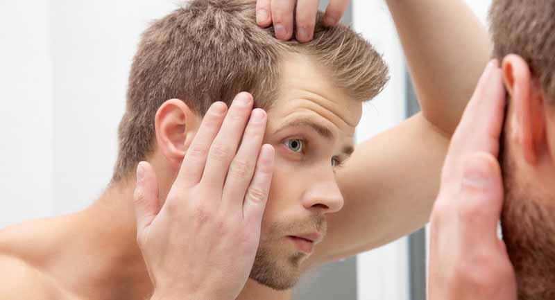 Photo of Saçların Dökülmesinin ve Beyazlamasının Nedeni Bulundu!
